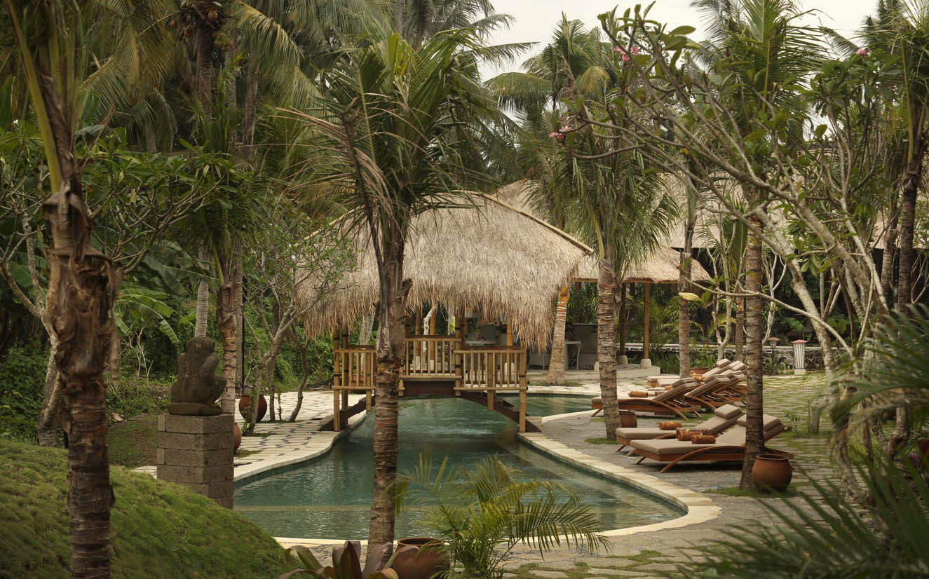 ALAYA RESORT